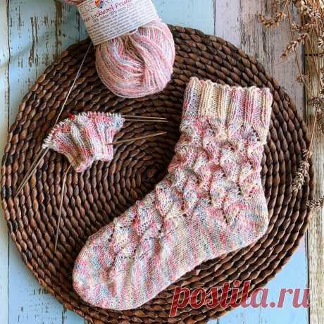 Как связать носочки с красивой пяткой (2 необычных варианта) | Рукоделие