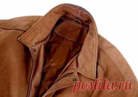 Засаленные места на куртке: чем и как отстирать? В отдельных случаях на куртке появляются засаленные места, причем чаще всего это видно там, где материал находится в тесном контакте с кожей.