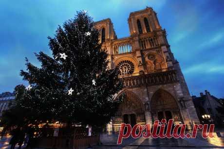 Сказочный Париж Париж уже давно сыскал славу одного из самых романтичных городов мира. Поцелуи у Эйфелевой башни, душевные беседы за чашкой кофе и изысканными сластями в одном из многочисленных уютных кафе, прогулки …