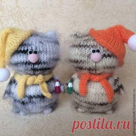 Los gatitos multicolores, que puede vincular hasta la maestra primeriza (los juguetes Tejidos) | la Revista la Inspiración de la Laborera
