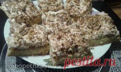"""Лимонное пирожное """"Софи Лорен"""" с грецкими орехами, изюмом и безе - рецепт с фото на Хлебопечка.ру"""