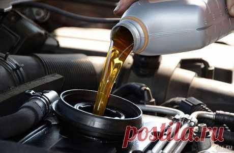 Какое масло заливать в дизельный двигатель: секреты и особенности Дизельные двигатели уже давно стали достаточно популярны. В сравнении со своими бензиновыми аналогами, они работают немного дольше, дешевле в обслуживании, к тому же цена на топливо значительно ниже. ...