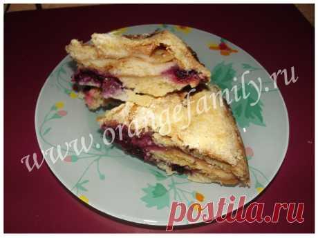 El pastel búlgaro de manzana con el casis   Orangefamily.ru