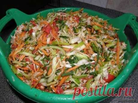 Salad for the winter.\u000a\u000a3 kg green tomato (green, because unripe)\u000a1 kg of carrots\u000a1 kg of onions\u000a1 kg of paprika\u000a100 gr coarse salt\u000a300 gr granulated sugar.\u000a\u000aTo wash, clean, to cut tomatoes, onions and pepper with rings, to grate carrots on a simple grater or for the Korean carrots, to fill up with salt and sugar, to allow to stand (it is possible on all night long), juice has to appear.\u000aTo put on fire, to bring to boiling, to put 400 gr. vegetable oil to allow to boil 15 minutes. Sn...