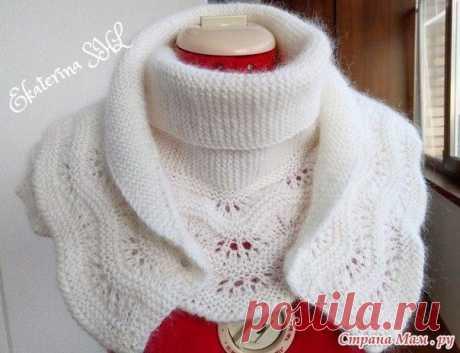 Белый шарф с каймой вес 200 грамм, длина 150 см. связан в две ниточки  схема каймы, с 5-го ряда вязала платочной вязкой  Описание вязание шарфа с каймой   Вязание тела шарфа.  Вяжем платочной вязкой. Прибавки и убавки делать только с одной стороны шарфа.  1-ая часть вязания:  1) -набрать 3 петли, вязать платочной вязкой 2 ряда, затем делать прибавки, в каждом 4-ом ряду с одной стороны шарфа.-13 раз. На спицах 16 петель  2) -прибавлять в каждом 6-ом ряду -11 раз. На спицах ...