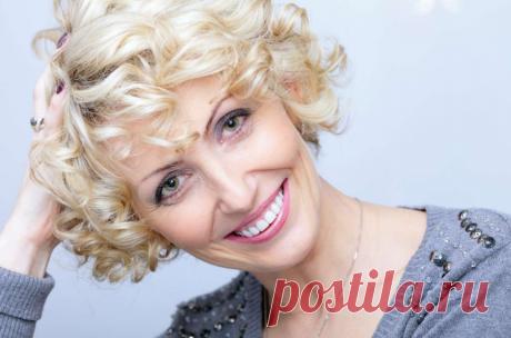 Косметологи рассказали как с помощью макияжа скрыть возраст | ПРЕ красно! | Яндекс Дзен