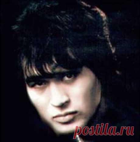 Сегодня 21 июня в 1962 году родился(ась) Виктор Цой