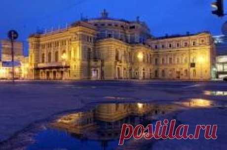 Сегодня 12 июля в 1783 году В Петербурге создан Большой театр, получивший впоследствии название Мариинского