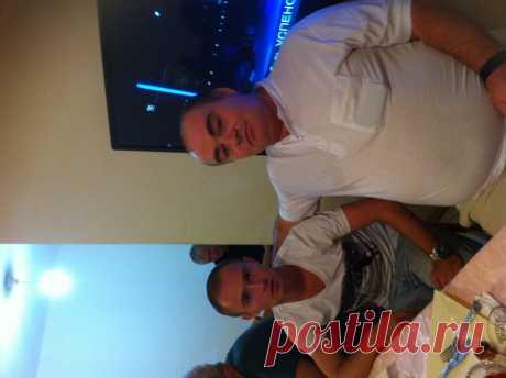 С сыном Ромой.
