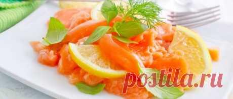 Салаты с рыбой на Новый год 2019: новые рецепты с фото Салаты с рыбой на Новый год 2019, новые пошаговые рецепты с фото. Оригинальные рыбные салаты на праздничный стол с красной рыбой, горбушей, селедкой.