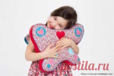 Детская подушка бабочка своими руками Подписывайтесь на наши новости. Будьте с нами!!  #выкройка #шитье #рукоделие #вышивка #текстильные_игрушки #фетр #вышивка_крестом #шьём_с_Алиной