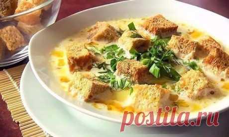 Готовим дома, как в ресторане — сырный супчик на скорую руку    Очень вкусно!          Ингредиенты: Плавленые сырки — 2 шт.Куриные ножки — 2 шт.Картофель — 4 шт.Лук — 1 шт.Морковь — 1 шт.Сухарики — 50 гРастительное масло — 50 млСоль, перец, любимые приправы — …