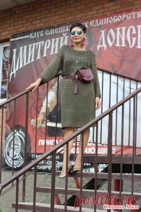 Платье из вискозы прямого силуэта. Крючок. Irina Horn