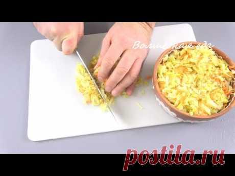 Вот зачем я это делаю с квашеной капустой. Нарезаю ее помельче... - YouTube Обязательно приготовьте вкусные пышки из квашеной капусты.Очень вкусное и сытное блюдо, которое готовится достаточно быстро.  Очень интересный вкус получается из капусты приготовленной по моему любимому рецепту https://youtu.be/xAWN85LzI_8