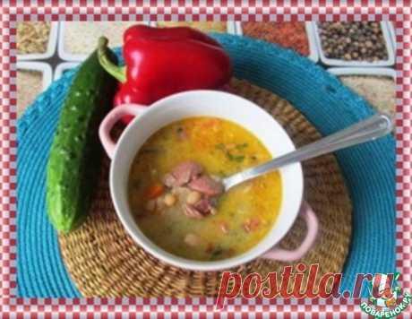 """Суп """"Йокаи"""". Знаменитый венгерский фасолевый суп, названный по имени своего автора Йокаи Мора. Мор Йокаи - венгерский романист и одна из влиятельных фигур в венгерской литературе ХIХ века, известен в Венгрии и за рубежом и как кулинар, обогативший венгерскую национальную кухню оригинальными рецептами!"""