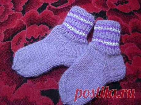 Носки спицами от А до Я  бесшовные, самые простые, бабушкины.
