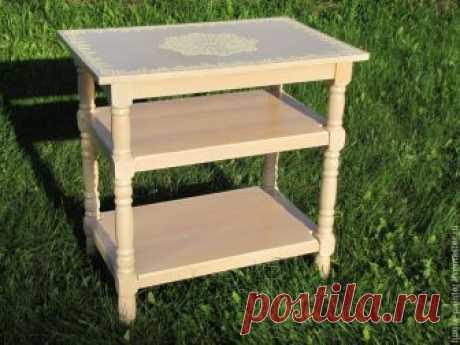 Осваиваем простые техники окрашивания и декорирования лакированного столика – Ярмарка Мастеров