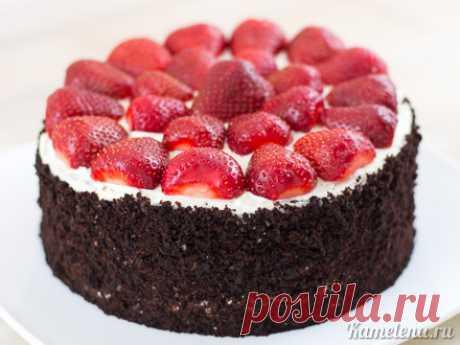 «Дьявольский» шоколадный торт с клубникой