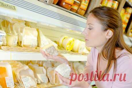 Вот чем можно заменить дорогой сыр в различных рецептах Я — человек сырный. В моем холодильнике всегда найдется кусочек «Российского» или брынзы. Но всякий раз, когда встречаю в кулинарных рецептах сорт сыра, которого у меня нет, очень расстраиваюсь. Стоимость элитных сыров оказывается высокой для среднестатистического покупателя...
