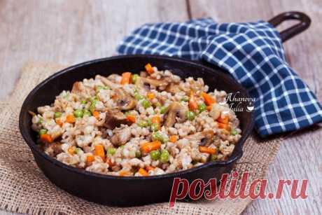 Перловая каша с мясом, грибами и овощами. Понравится даже тем, кто никогда не ест перловку!
