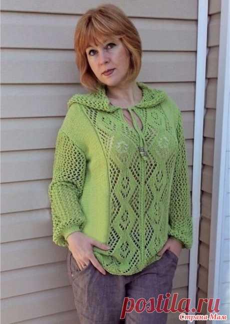 Ажурный пуловер с капюшоном Модель Инны Тищенко Размер 46-48.  Потребуется:  500 г пряжи (50% вискоза, 50% полиакрил; 100 г/300 м) или аналогичная;  спицы и круговые спицы №4;  крючок №3,5;