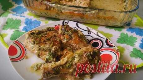 Курочка по -грузински, Чкмерули - БУДЕТ ВКУСНО! - медиаплатформа МирТесен Чкмерули - это очень вкусное блюдо грузинской кухни, которое готовится из курицы. Поджаренная курочка под сливочно-чесночным соусом просто тает во рту. Очень вкусно если есть лаваш (или белый хлеб), макая во вкуснейший соус и прикусывая румяной курочкой. Чкмерули можно есть и в горячем, и в