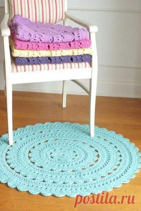 Уютный коврик для дома