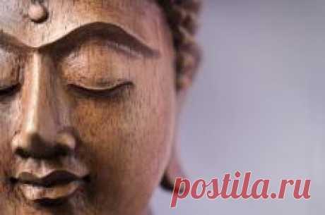 """Сегодня 22 октября отмечается """"Лхабаб Дуйсэн. Нисхождение Будды с неба Тушита на Землю"""""""