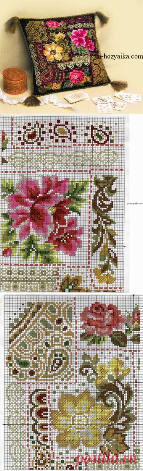 Подушка цветочная композиция. Подушки по мотивам павловских платков