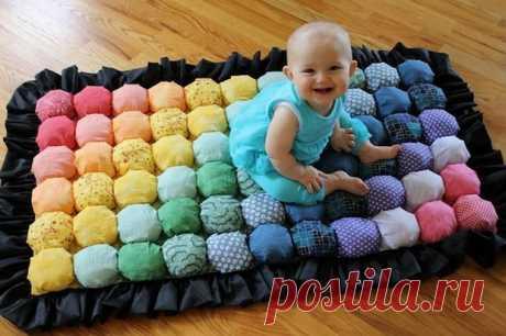 """Como coser el tapiz pequeño o la manta en la técnica """"Bubble quilt"""" ¿para el niño - a nosotros puesto que coser el tapiz pequeño o la manta en la técnica «Bubble quilt» para el niño no queréis coser para el chiquitín aquí tal tapiz pequeño entretenido, suave y brillante o la manta en la cuna?..."""
