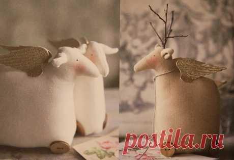 Игрушечные зверюшки в стиле тильда из книги Homemade & Happy - Тильда Мастер (тильдамастер)