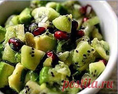 Рецепты диетических салатов .