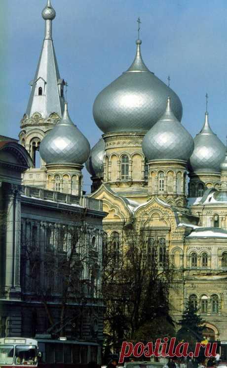 St. Panteleimon's Church in Odesa, Ukraine.  • Всемирный каталог идей
