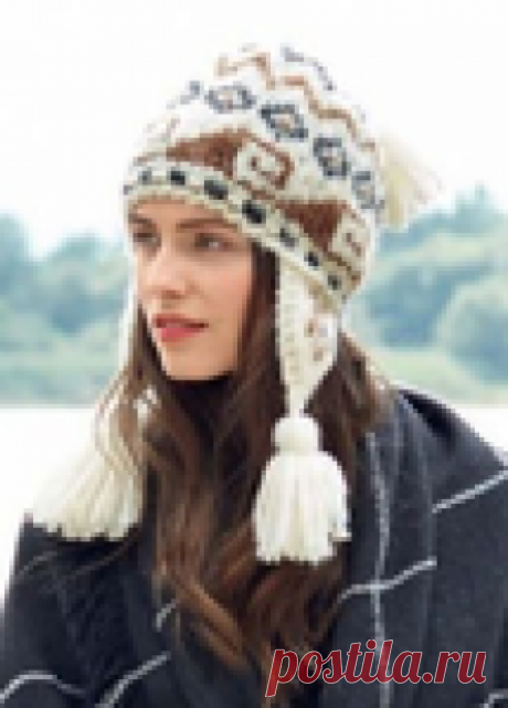 Женская шапочка с орнаментом