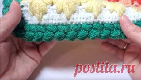 Plaid binding a hook a pattern from magnificent columns