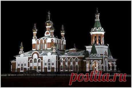 Церковь в Усинске, Республика Коми, Россия