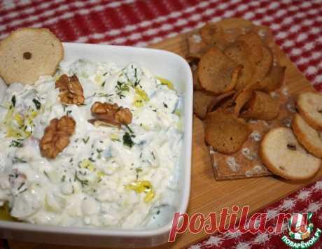Салат из огурцов, творога и брынзы – кулинарный рецепт