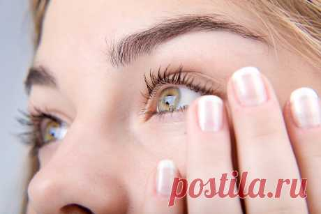 El ejercicio de la mañana de los ojos tumefactos Probable, la mayoría de nosotros por lo menos la vez en la vida se encontraba con el problema de los ojos tumefactos.\u000a\u000aConsientan, los ojos tumefactos por la mañana se ven en absoluto estéticamente. El disgusto semejante surge por la masa pr …