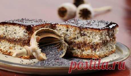 Маковый торт с ганашем Этот десерт с насыщенным вкусом шоколада и сгущённого молока получится даже у начинающих пекарей.