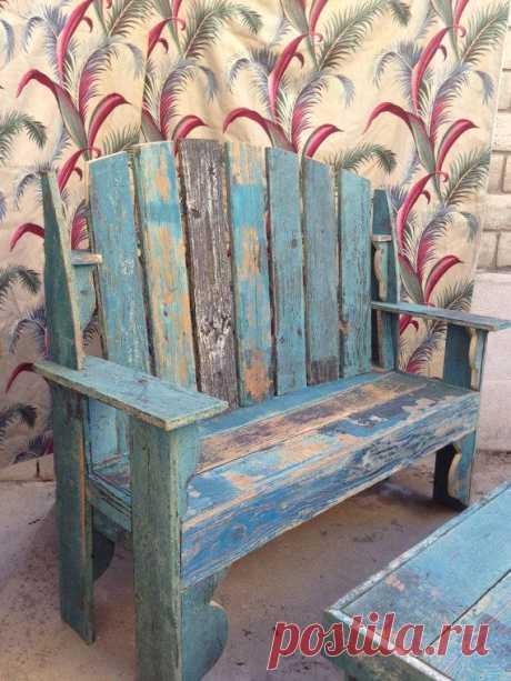 Винтажная скамеечка для романтического садика на вашей даче.