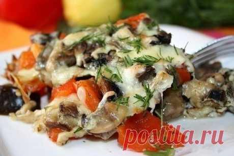 Как приготовить запеченные баклажаны с грибами и перцем - рецепт, ингредиенты и фотографии