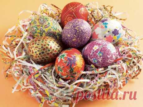 Как покрасить яйца на Пасху своими руками в домашних условиях