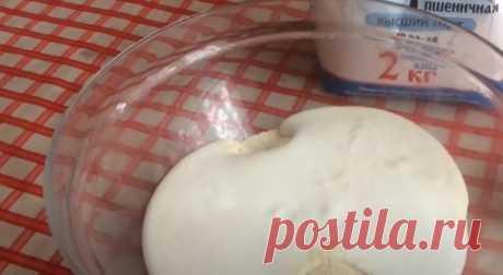 Быстрые кексы от опытной хозяйки из стакана манки, стакана кефира и 1 яйца