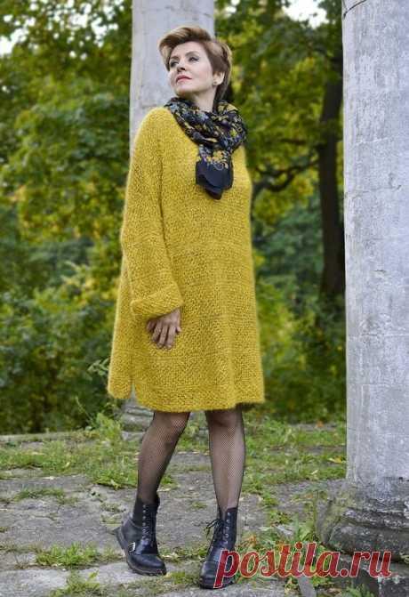 Вязаное платье-свитер для женщин 50+. Оно обязательно должно быть в вашем гардеробе   Мне 50   Яндекс Дзен.Идеи.