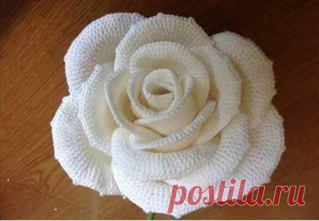 Роскошная роза крючком