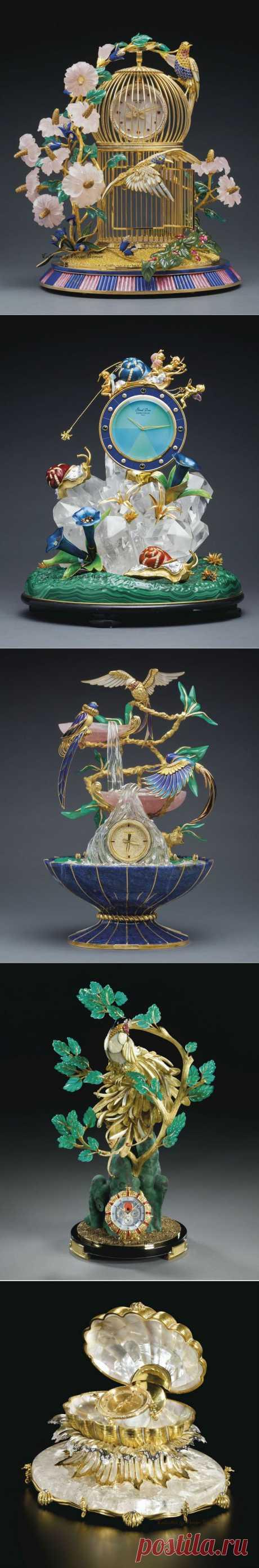 Коллекция декоративных часов 19 века.