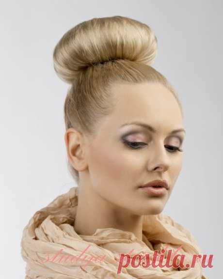 Как сделать пучок из волос красивым и стильным   Стрижки и Прически
