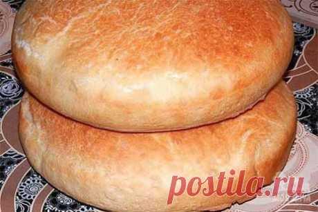 Простой рецепт домашнего хлеба  Простой и самый удачный рецепт домашнего хлеба, вкуснее не бывает. Ароматная хрустящая корочка, покорит вас навсегда! Ингредиенты:  вода тёплая — 650 мл. дрожжи сухие — 2,5 ч. л. сахар — 1 ч. л. соль…