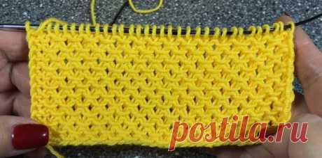 Простые в исполнении рельефные узоры спицами.  Простой рельефный узор со снятыми петлями.  Очень простой и красивый рельефный узор со снятыми петлями.  Рапорт узора состоит из 2-х петель и  4-х рядов.  Для образца набираем количество петель кратн…