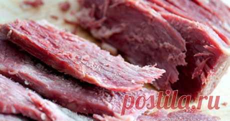 Ученые рассказали, что недоваренное мясо может стать причиной... Новый эксперимент, проведённый учёными Flinders, отмечает вероятность заражения токсоплазмой при использовании в еду недоваренного мяса. Также стоит позаботится о чистоте рук после очищения кошачьих туалетов. Токсоплазма — это бактерия, вызывающая нагноение в сетчатке глаза. Это заболевание...